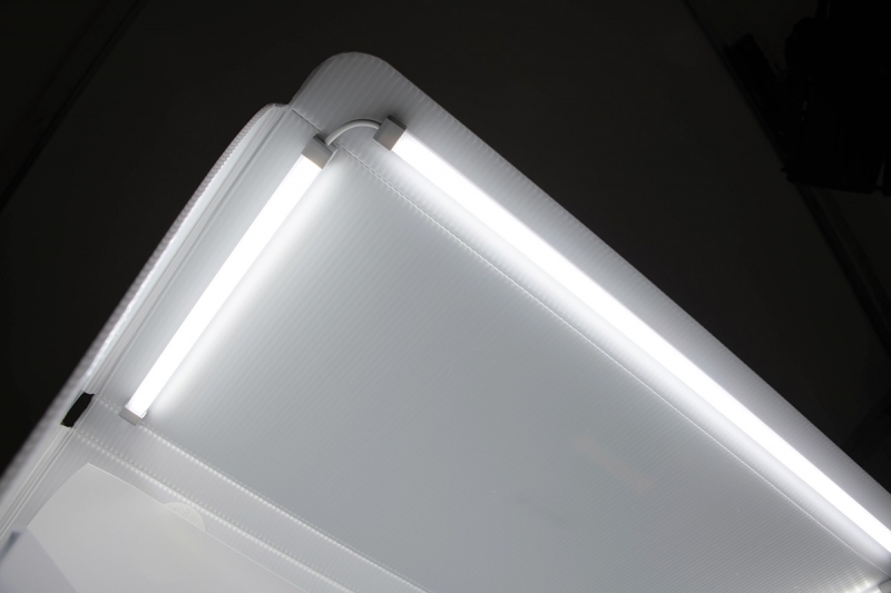 You can purchase an additional set of Halo light bars to add more dimension to your lighting.